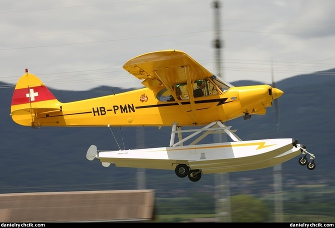 how helicopters fly with Piper Pa 18 Super Cub 6 on News 2005 3 as well Index9548 furthermore What Is This Specific Bird That Really Likes Breadcrumbs further Boeing 777 A7 BAB qatar Airways 188987 further German Reservists Visit Ansbach.